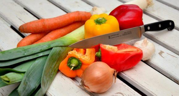 vegetables-knife-paprika-traffic-light-vegetable-40191-medium