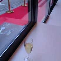 lite bubbel fanns på kureras release fest