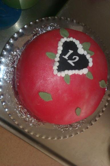 12-års tårta rosa, chokladtryffel