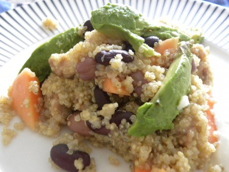 Quinoa med papaya och avocado