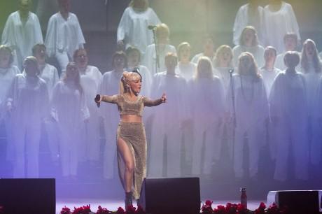 Rönninge show Chorus med Jasmin Kara