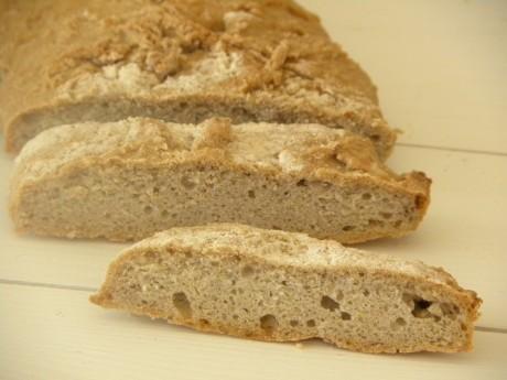 Glutenfritt bröd i skivor