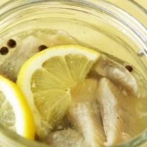 Citronsill i en glasburk