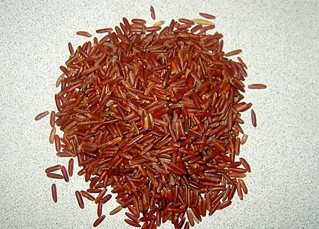 Närbild på okokat rött ris
