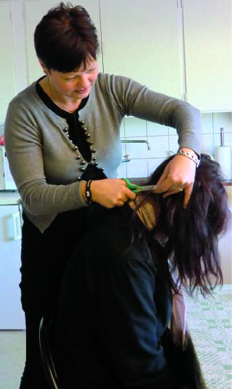 Agneta Fridolf, näringsterapeut i Ullared, har precis påbörjat en hårmineralanalys