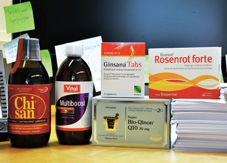 Uppiggande tillskott, Chi San, Multiboost, Ginsana Tabs, Rosenrot Forte och Q10