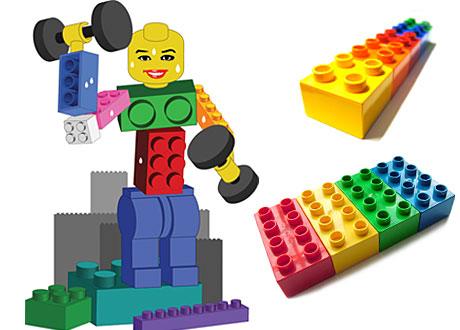 Lego och legogubbe som lyfter tyngder