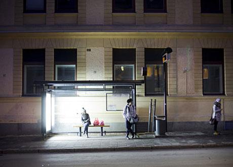 Ljusterapilysrör i busskur i Umeå