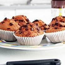 Muffins med chokladbitar i