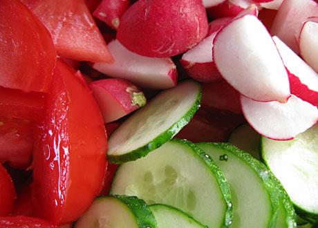 Tomat rädisor gurka
