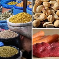 Kryddor, nötter och rött kött i tredelad bild