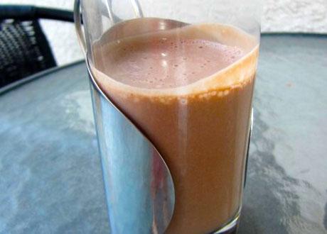 Kakaodryck utan socker och mjölk