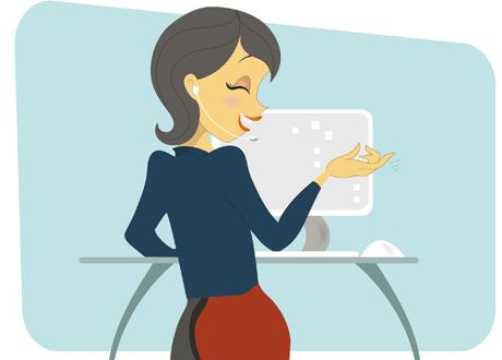 Kvinna vid skrivbord