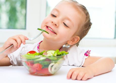 så får du barnen att äta mer grönt