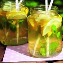 Gör egen läskande lemonad