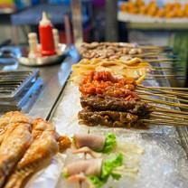 Kött på spett i restaurang