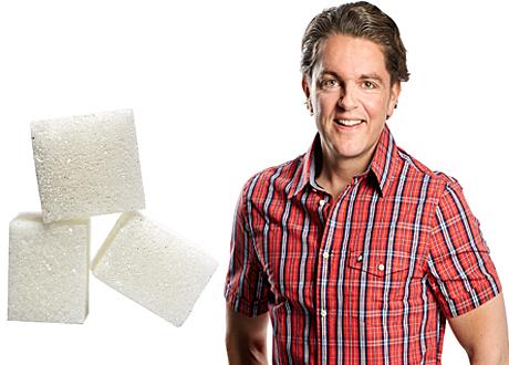 Fredrik Paulún bredvid sockerbitar bildkollage