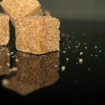Bruna sockerbitar