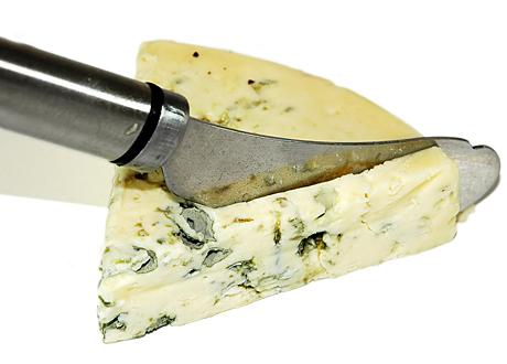 Grönmögelost och ostkniv