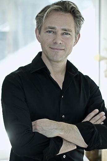 Michael Larsen relationsexpert