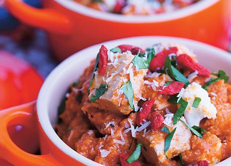 Middagstips: Indisk korma med tofu, blomkål och gojibär