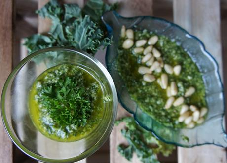 Raw pesto i två sköna gröna varianter