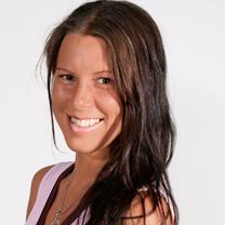 porträttbild på Zarah Öberg