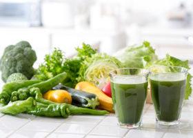 grönsaker och juice