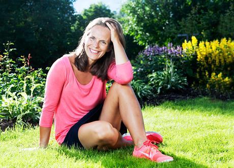 Karin Isberg Författare, coach utbildad i neurovetenskap och föreläsare i stresshantering, mental träning och mindfulness.