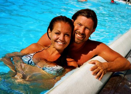 Med hjälp av förståelse och vissa PMS-knep lyckas paret ha ett stabilt förhållande trots humörsvängningar. Foto: Privat