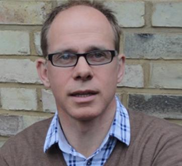 Professor Robert Thomas