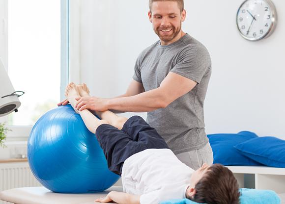 Särskild dag hyllar sjukgymnaster (som numera heter fysioterapeuter)
