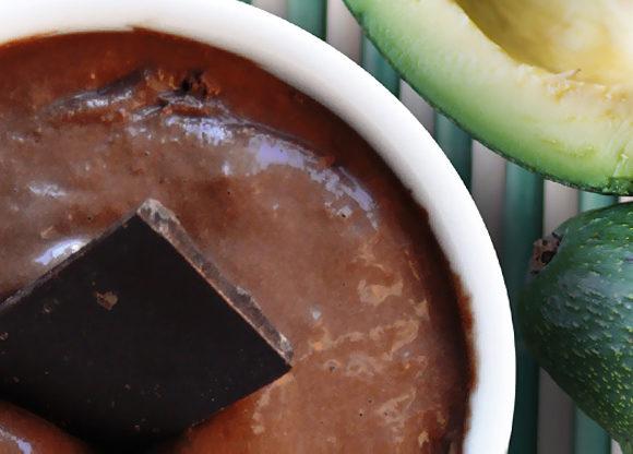 Choklad- och avokadomousse