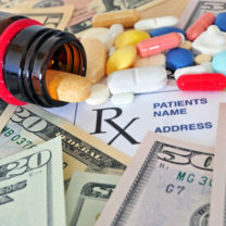 Pillerburk, piller, dollarsedlar och adresslapp