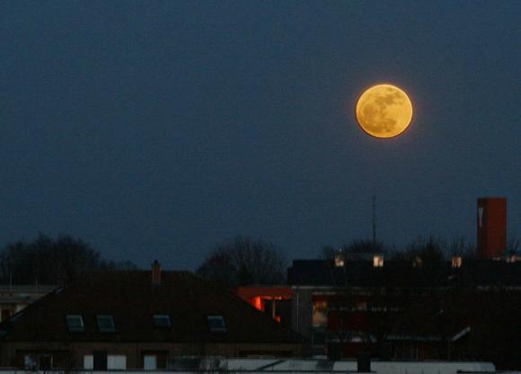 Supermåne över Tyskland 2011