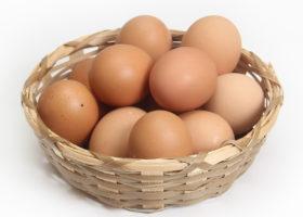 ägg i korg