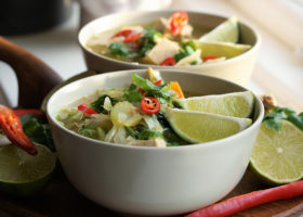 Detoxande asiatisk soppa med miso