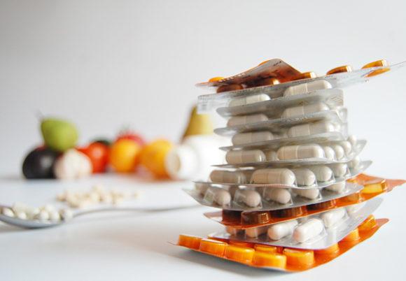 frukt och pillerkartor