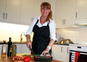 Mia Hagenmalm i köket
