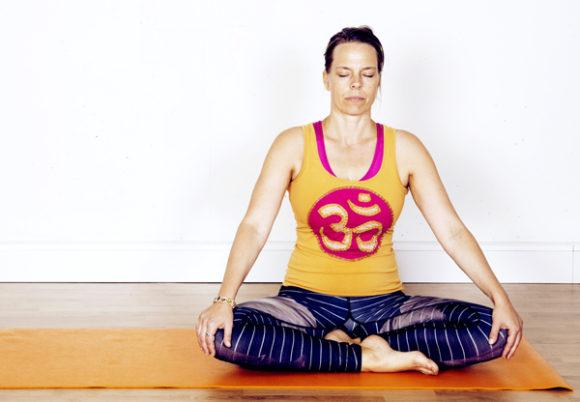 tia jumbe mediterar