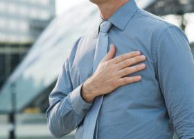handen på hjärtat