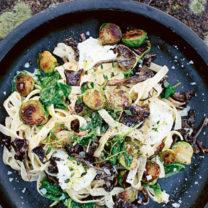 pasta med brysselkal och svamp