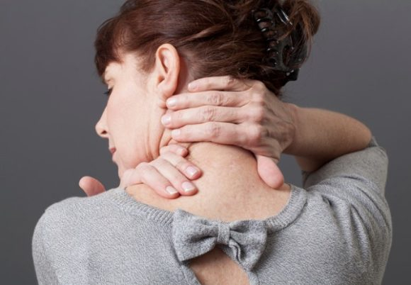 neck-and-shoulder-gestures-for-releasing-tension-picture-id477900860 (1)
