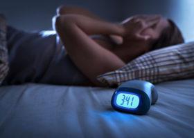 kvinna med sömnproblem