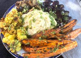 Hummus med blomkål, svamp och sötpotatis