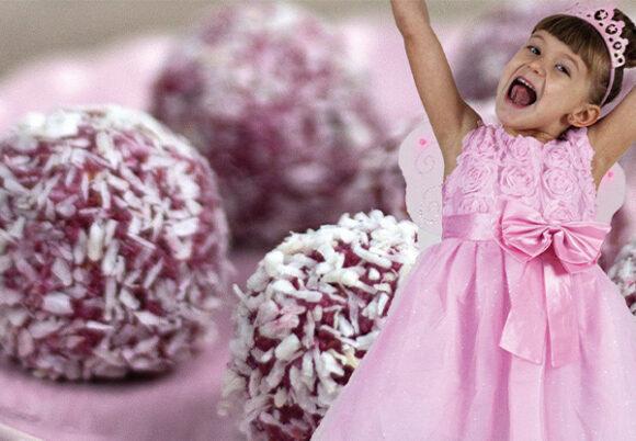 Montage: hallonbollar och liten flicka utklädd till prinsessa i rosa klänning